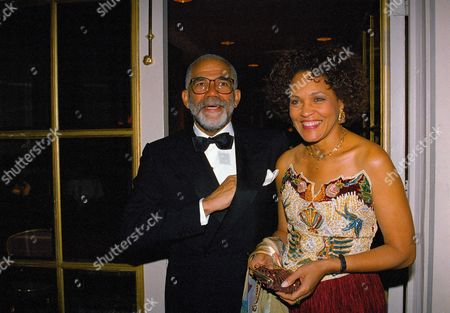 "Television journalists Ed Bradley and Charlayne Hunter-Gault arrive at the 7th Annual Black History Makers Awards Dinner at a New York hotel, . The late Supreme Court Justice Thurgood Marshall was posthumously honored with the organization's ""Immortal"" award. Bradley is with CBS and Hunter-Gault is with PBS"