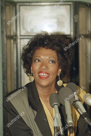 Rita Dove Rita Dove, the Library of Congress' Poet Laureate Consultant for the 1993-94 literary season, meets reporters at the library in Washington, . Dove becomes the seventh Poet Laureate Consultant in Poetry and succeeds Mona Van Duyn
