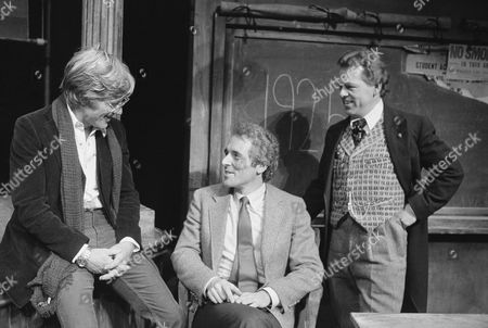 Robert Redford, Tom Cole, Eugene Anthony Robert Redford, center, visits playwright Tom Cole, left, and actor Eugene Anthony backstage at the off Broadway Astor Place Theater in New York, . Redford was visiting his friend Cole whose play ?Fighting Bob? opened on Monday. Anthony plays the title character Robert M. La Follette