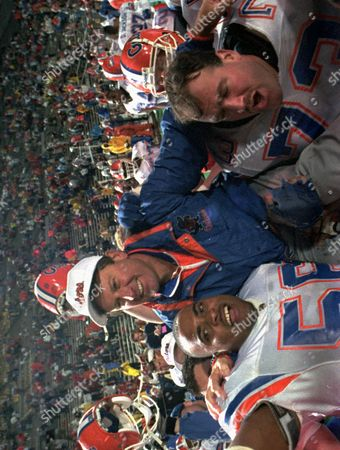 STEVE SPURRIER Florida Gators head coach Steve Spurrier is carried on the field by Cameron Davis, 56, and Jim Watson, 73, after the Gators Downed the Alabama Crimson tide 28-3 in the 1993 SEC Football Championship in Birmingham, Ala., Dec.4, 1993