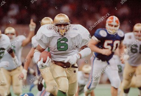 Jerome Bettis, Brad Culpepper Notre Dame fullback Jerome Bettis (6) runs 46 yards off the draw play into the end zone for one of his three fourth quarter touchdowns against the University of Florida in the Sugar Bowl at the Superdome in New Orleans, . The Fighting Irish defeated the Gators 39-28. Gators defensive tackle Brad Culpepper (50) watches from behind