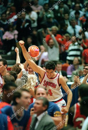 Seikaly Syracuse's Rony Seikaly raises his fist in victory after leading his team to a 87-81 win over Florida in their East Region semifinal game in East Rutherford, N.J., Thursday night