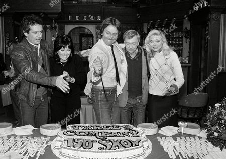 "DeWitt Knotts BarnesRitter The cast of the TV sitcom ""Three's Company,"" have a small cake and champagne party following the taping of their 150th episode, in Los Angeles. The stars, from left, are Richard Kline, Joyce DeWitt, John Ritter, Don Knotts, and Priscilla Barnes"