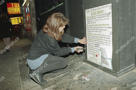 Associated Press Domestic News California United States Entertainment VIPER ROOM RIVER PHOENIX Marr Nealon, of Earth Save, nails up a sign thanking supporters in remembrance of actor River Phoenix outside the Viper Room in West Hollywood in Los Angeles, Calif., . Actor River Phoenix, 23, collapsed and died of a drug overdose on the sidewalk outside the nightclub on Oct. 31