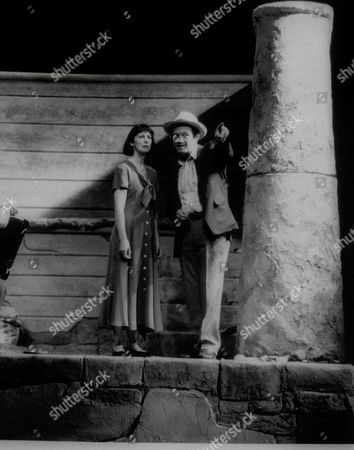 """McCann Craigie This is a 1992 photo of Ingrid Craigie and Donal McCann starring in Brian Friel's play """"Wonderful Tennessee"""