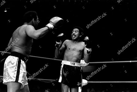 Ali Pryor Richard Pryor appears scared to death as he is shown facing Muhammad Ali in a benefit fight at the Olympic Auditorium, Los Angeles, California, . Ali was helping Howard Bingham, his former photographer, who is running for the 31st District Congressional office