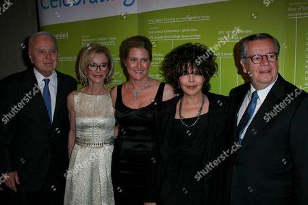 Richard Riordan and Nancy Riordan, Linda Daly, Carole Bayer and