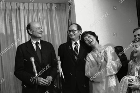 Editorial photo of Bess Myerson with Hon. Leonard Sandler and Edward Koch, New York, USA