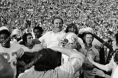 Obituary - American football coach Don Shula dies aged 90