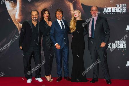 Edward Zwick, Cobie Smulders, Tom Cruise, Danika Yarosh, Don Granger,