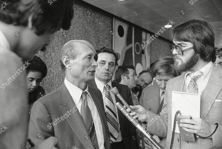 A smiling former Israeli Foreign Minister Moshe Dayan, talks with reporters during a press conference at O' Hare Airport in Chicago. Dayan was in Chicago to attend a question and answer session at the University of Illinois, Circle Campus