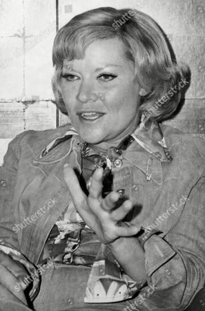 Singer Patti Page smiles during an interview, in San Francisco. She says after 30 years in show business she has just one goal left. ?I?d really like to have just one more hit record so my kids and their friends would know who I am,? says the 48-year old vocalist
