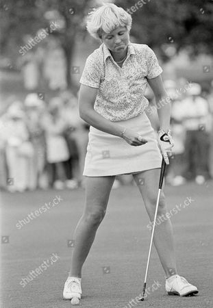 Pam Higgins Pam Higgins before sinking a 3-foot putt on the first hole of a sudden death playoff with Judy Rankin to win the $7500 title in a $50,000 Ladies Professional Golf Tournament at Miami's Kendale Lakes Golf and Country Club