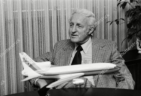 727b10d54 Lockheed's new chairman, Roy A. Anderson, tells of the giant aircraft  company's problems