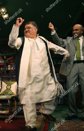 Harish Patel (Eeshwar) and Kriss Dosanjh (Laxman)