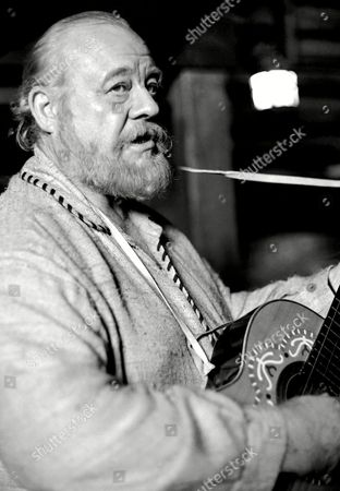 """Burl Ives Burl Ives, shown, 59, the """"big daddy"""" of folk singers, believes in keeping up with the times. The Beatles are marvelous, Bob Dylan is terribly gifted, Donovan is wonderful, and Peter, Paul and Mary and Lou Rawls are great, he says, admitting he even thinks tiny Tim is great fun. """"I don't know that I keep up,"""" he says, """"but I'm not tied to 'Jimmy Cracked Corn"""