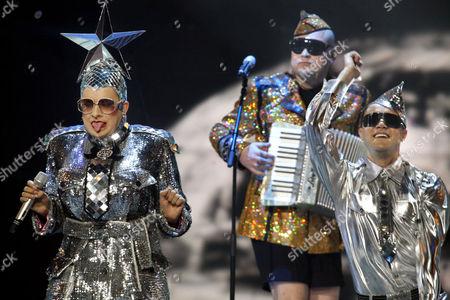 Ukraine's Verka Serduchka performing 'Dancing Lasha Tumbai / Danzing'