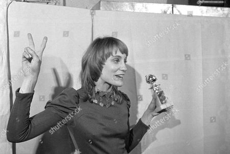 Best motion picture actress in a musical comedy was won by Carrie Snodgress at the Golden Globe Awards in Hollywood