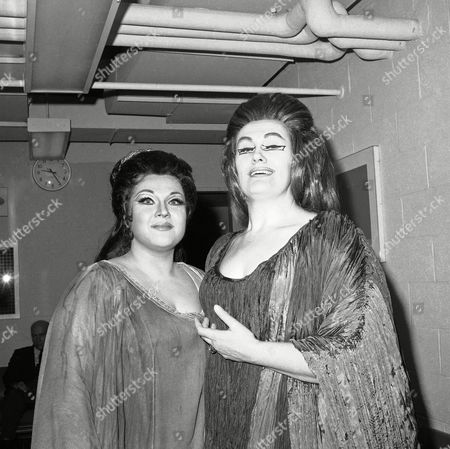 """Marilyn Horne Marilyn Horne, left, of the U.S., and Joan Sutherland, of Australia, pose at intermission of their performance of the Opera """"Norma"""", New York. For Miss Horne, who played the role of Adalgisa, the performance marked her debut at the met. She received a standing ovation at the end of the third act. Miss Sutherland, renowned opera singer, performed the role of Norma"""