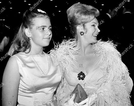 Gabor Hilton Zsa Zsa Gabor, right, and her 16-year-old daughter Francesca Hilton are seen arriving for a premiere in the Hollywood. Publicist Edward Lozzi says Hilton died at Cedars-Sinai Medical Center after an apparent heart attack and stroke. She was 67