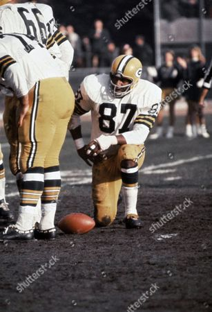 Stock Picture of Willie Davis, (87) of the Green Bay Packers playing against the Minnesota Vikings