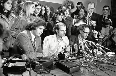 Stock Image of William Kunstler, Paul Potter Paul Potter, left, a college roommate of defendant Rennie Davis and witness for the defense, as he addresses remarks to reporters, in Chicago. Defense lawyer William Kunstler, who represented the Chicago 7, listens to Potter?s comments