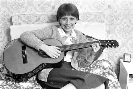 Lena Zavaroni, Entertainer, at her home in Clapham, London, Britain - 1979