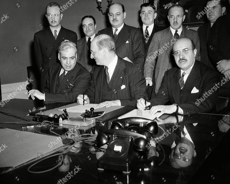 Don Francisco Castillo Najera, Henry Morgenthau, Eduardo Suarez Pictured as they signed the pact for the purchase of Mexican Silver by the U.S. at the Treasury Department, Washington on . Left to right: Senor Dr. Don Francisco Castillo Najera, Mexican Ambassador; Secretary of the Treasury Henry Morgenthau, and Mexican Finance Minister Eduardo Suarez. This was one of the several agreements entered into by the U.S. and Mexico