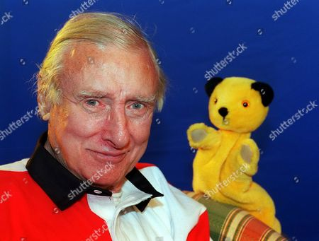 Spike Milligan in 'A Big Hand for Sooty' - 2000