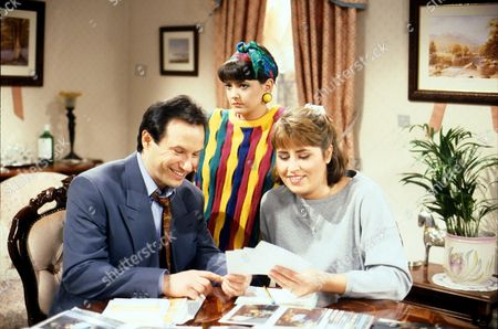 Emma Wray with Liza Tarbuck and John Bowler in 'Watching' - 1997