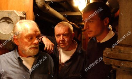 'Ghostboat' - 2006  Picture: Hardy  (David Jason), Cassidy (Tony Haygarth) and Redding (Crispin Bonham Carter) Puleston-Davies