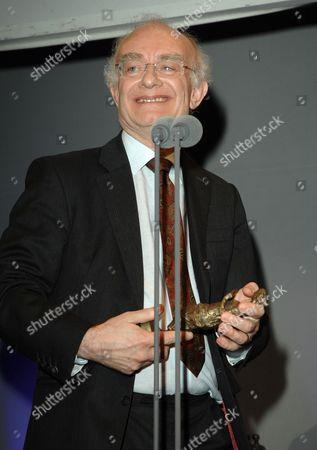John Rutter CBE wins The Ivors Classical Music Award
