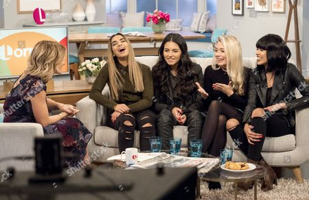 Helen Skelton with Four of Diamonds - Caroline Alvares, Sophia Saffarian, Lauren Rammell, Yasmin Lauryn