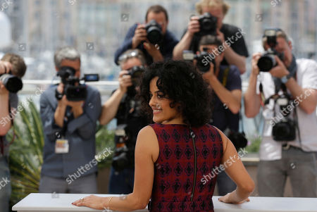 Actress Maeve Jinkings pose for photographers during a photo call for the film Aquarius at the 69th international film festival, Cannes, southern France