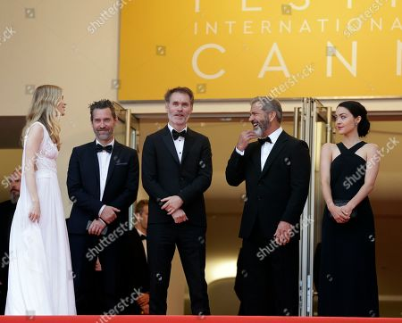 Actress Erin Moriarty, unidentified guest, director Jean-Francois Richet, actor Mel Gibson and Rosalind Ross from left, pose for photographers upon arrival at the awards ceremony at the 69th international film festival, Cannes, southern France