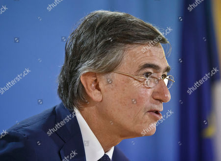 Former French Foreign Minister Philippe Douste-Blazy and candidate for the upcoming election for the new United Nations Health Organization Director General, speaks to the media during a press conference in Paris, France, . The WHO will elect the new general-director from a list of three at the May 2017 World Health Assembly