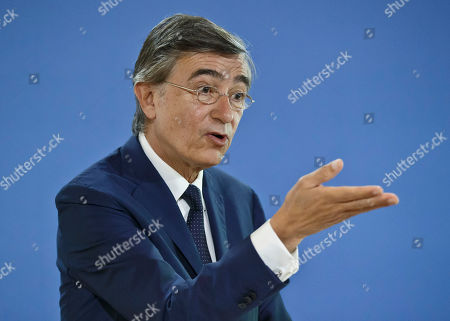 Former French Foreign Minister Philippe Douste-Blazy and candidate for the upcoming election for the new United Nations Health Organization Director General, gestures as he speaks to the media during a press conference in Paris, France, . The WHO will elect the new general-director from a list of three at the May 2017 World Health Assembly