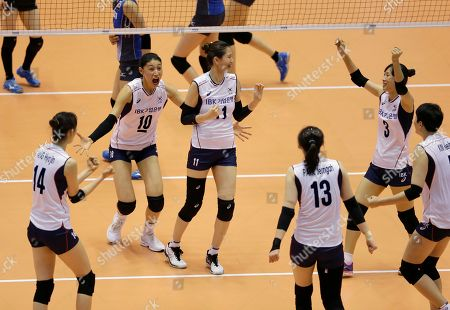 Yang Hyo-jin, Kim Yeon-koung, Kim Su-ji, Park Jeong-ah, Lee Hyo-hee, Kim Hee-jin South Korean players, Yang Hyo-jin (14), Kim Yeon-koung (10), Kim Su-ji (11), Park Jeong-ah (13), Lee Hyo-hee (3) and Kim Hee-jin, right, celebrate after getting a point against Japan during their Women's Volleyball World Olympic qualification tournament match in Tokyo