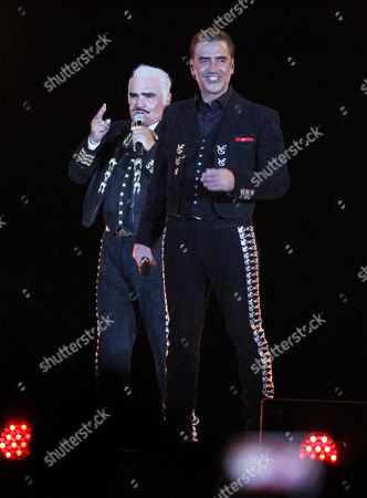 Vicente Fernandez, Alejandro Fernandez Mexican singer Vicente Fernandez sings with his son Alejandro performs at a free concert at Azteca Stadium in Mexico City, . Vicente Fernandez dazzled in his farewell concert in the Azteca Stadium. The star of Mexican regional music toured more than 50 years of experience across the wide repertoire of his farewell concert