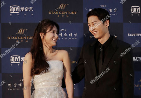 Song Hye-kyo, Song Joong-ki South Korean actress Song Hye-kyo, left, and actor Song Joong-ki smile as they arrive for the Baeksang Arts Awards in Seoul, South Korea, . The Baeksang Arts Awards is a major film and arts awards ceremony in the country