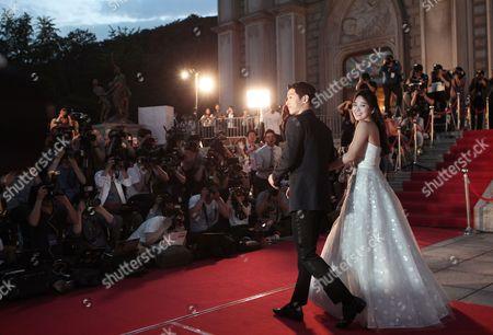 Song Hye-kyo, Song Joong-ki South Korean actress Song Hye-kyo, right, and actor Song Joong-ki arrive for the Baeksang Arts Awards in Seoul, South Korea, . The Baeksang Arts Awards is a major film and arts awards ceremony in the country