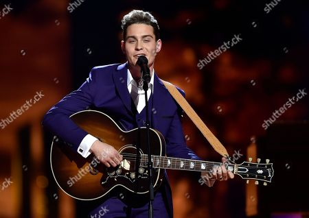 The Netherlands's Douwe Bob performs 'Slow Down' during the first Eurovision Song Contest semifinal in Stockholm, Sweden