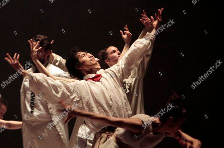 """Dancers from the Hofesh Shechter Company perform """"Sun"""" during a rehearsal at the National Theater Concert Hall in Taipei, Taiwan, . The work will be performed from April 8 to April 10 at the National Theater Concert Hall in Taipei"""