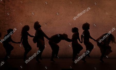 """Dancers from the Hofesh Shechter Company perform """"Sun"""" during a rehearsal at the National Theater Concert Hall in Taipei, Taiwan. The work will be performed from April 8 - April 10 at the National Theater Concert Hall in Taipei"""