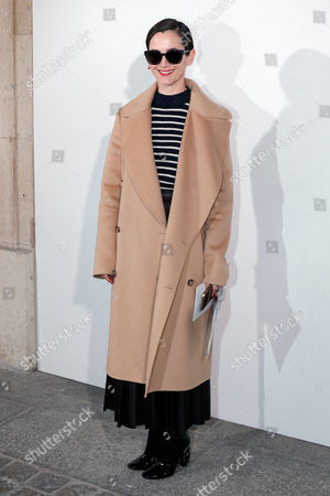 Karla Welch arrives at Christian Dior's Fall-winter 2016-2017 ready to wear collection, presented in Paris, France
