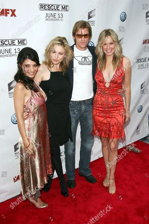 Callie Thorne, Tatum O'Neal, Dennis Leary and Andrea Roth