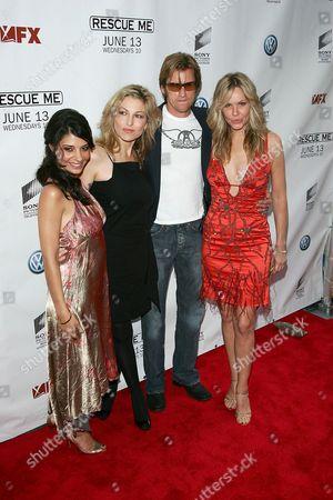Callie Thorne, Tatum O'Neal, Denis Leary and Andrea Roth