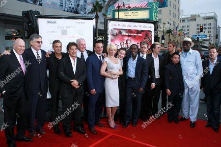 Carl Reiner, Elliott Gould, George Clooney, Al Pacino, Jerry Weintraub, Andy Garcia, Ellen Barkin, Eddie Jemison, Don Cheadle, Matt Damon, Casey Affleck, Matt Damon, Shaobo Qin, Bernie Mac and Eddie Izzard