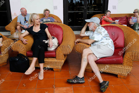 "Actors from the Hollywood movie ""Papa,"" Adrian Sparks, right, and Joely Richardson, visit in the Nacional Hotel after a press conference promoting their film in Havana, Cuba, . Sparks plays the role of Ernest Hemingway and Richardson the role of his wife Mary in the first Hollywood feature film shot in Cuba in 45 years"