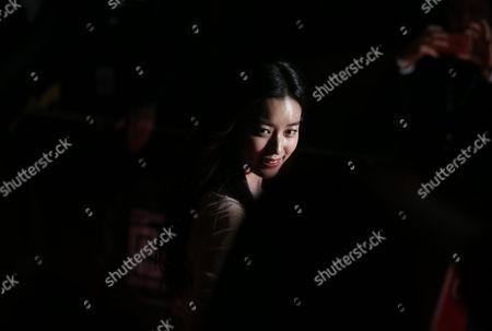 Han Hyo-joo South Korean actress Han Hyo-joo walks on the red carpet of the 2015 Mnet Asian Music Awards (MAMA) in Hong Kong
